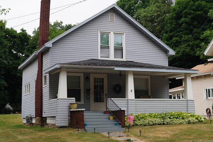 805 North Berrien Street